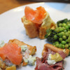 Yorkshire pudding zalmsalade & rosbief